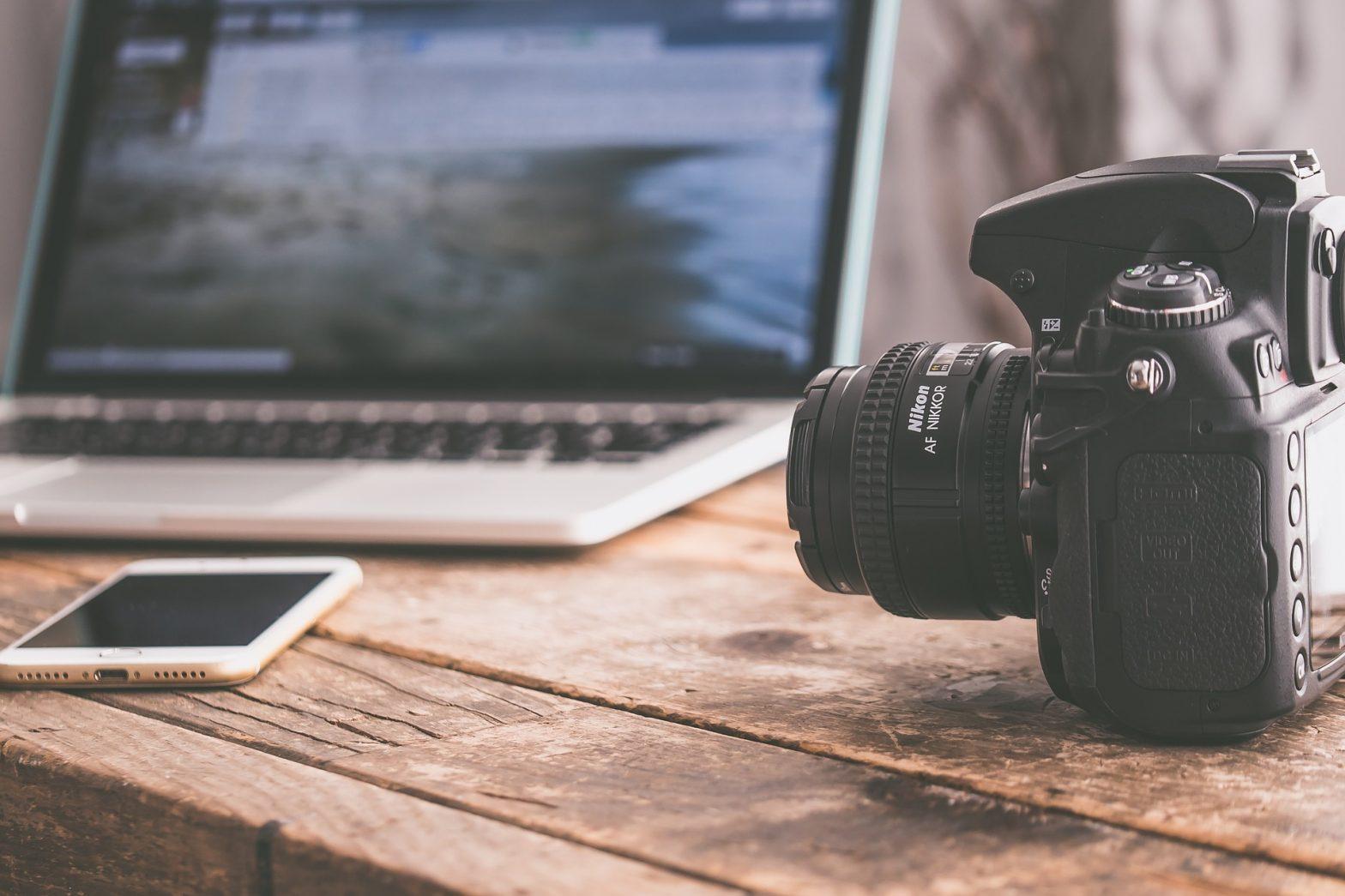 camera-laptop